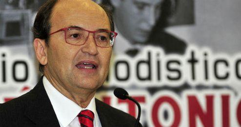 José Castro pide paciencia con la renovación de Reyes