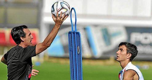 Juan Muñoz entrena habitualmente con el primer equipo.