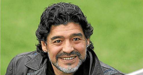 Maradona en el entrenamiento del Real Madrid en Valdebebas.