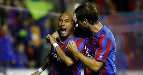 Martins celebrando el gol del empate del Levante ante el Getafe
