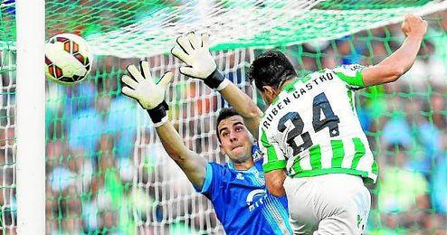 Esta temporada, Rubén Castro ha sumado tres víctimas de ´Plata´ a su historial: Sabadell, Mirandés y Llagostera.
