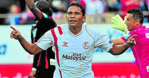 Carlos Bacca acumula 24 tantos como sevillista en el campeonato liguero.