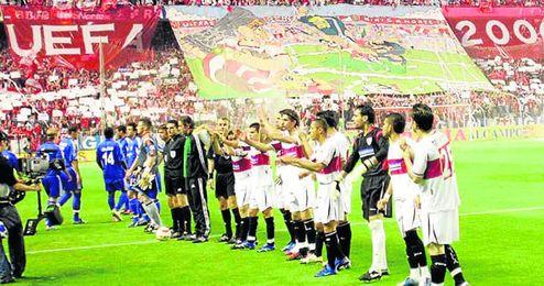 Una de las nueve victorias ante equipos alemanes llegó en la mítica semifinal ante el Schalke, con el gol de Puerta.