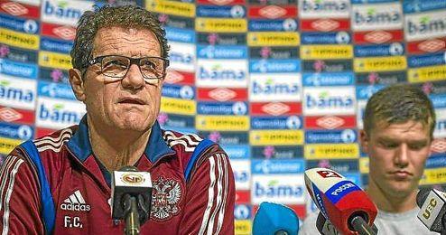 Fabio Capello, durante una rueda de prensa como seleccionador ruso.