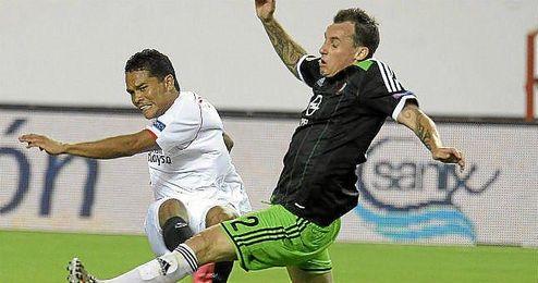 El delantero suma 27 partidos europeos con el Sevilla.
