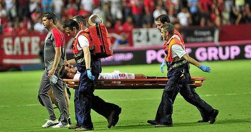 Abandon� lesionado el partido del pasado domingo ante el Atl�tico.