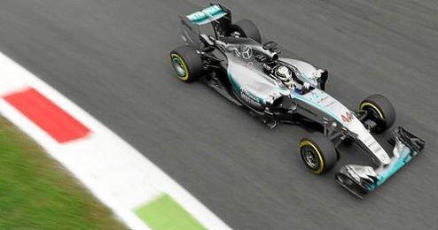 Fernando Alonso (McLaren) invirtió un minuto, 26 segundos y 966 milésimas en el mejor de sus 31 giros y acabó decimosexto.