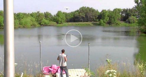 (Vídeo) Se va de pesca con un drone