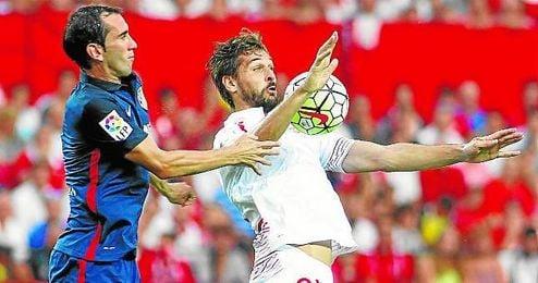 Fernando Llorente buscará estrenarse como goleador nervionense este viernes en Valencia.