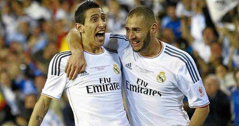 Karim Benzema y Ángel Di María, juntos en un partido del Real Madrid.