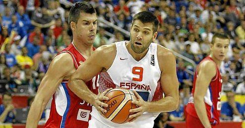 Felipe Reyes, durante el partido de España ante Serbia.