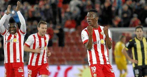 El ariete del Almer�a celebra un gol en la eliminatoria de Copa del pasado a�o ante el Betis.