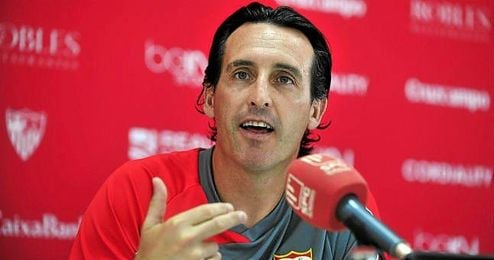 Unai Emery durante una rueda de prensa.