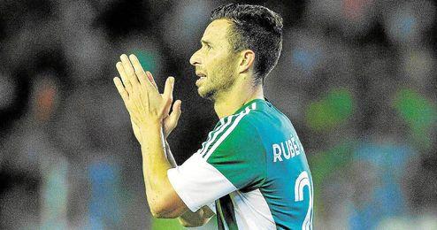 Rub�n ha marcado los dos goles del Betis.