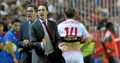 El jugador del Sevilla, Cristóforo, justo antes de salir.
