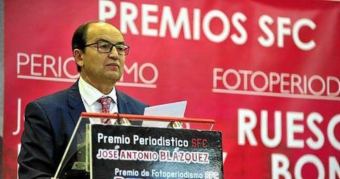 El presidente del Sevilla FC en la entrega de los premios Jos� A.Bl�zquez.