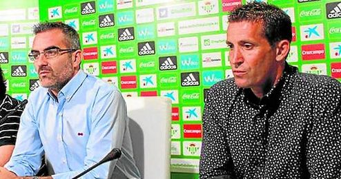 Macià y Merino, en una rueda de prensa.