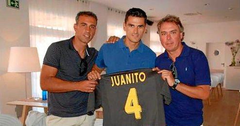 Juantino, ex del Real Betis.