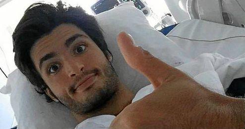 Carlos Sainz tranquilizó a la afición por las redes sociales.