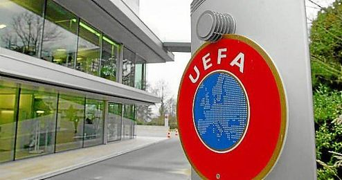 La UEFA ha castigado los hechos violentos.