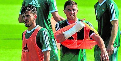 Joaquín espera que Ceballos juegue muchos años en el Betis.
