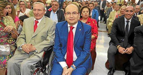 Roberto Alés, junto a José Castro, dos de los miembros de ´SdN´.