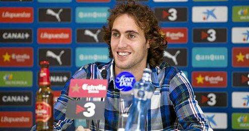 Raúl Baena en una rueda de prensa con el Espanyol.
