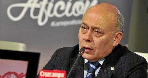 Juan Carlos Ollero, presidente del Betis, en una rueda de prensa.