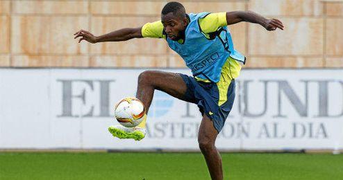 Bakambu es el único delantero disponible en el Villarreal.