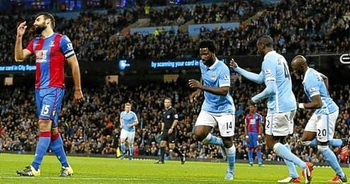 Bony abri� la cuenta del Manchester City.