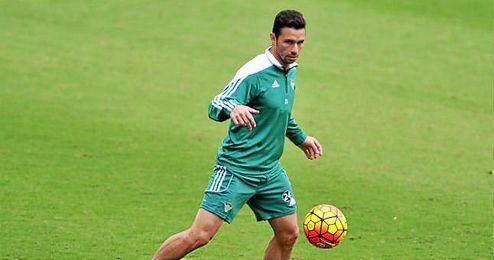 El delantero del Betis, Rubén Castro, en un entrenamiento.