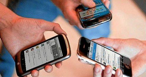 El acceso a Internet desde el móvil está cada vez más extendido.