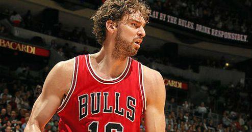 Los Bulls de Gasol no pudieron con los Hornetts de Jordan.