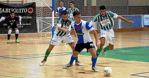 Imagen del lance entre el Real Betis FSN y el H�rcules.