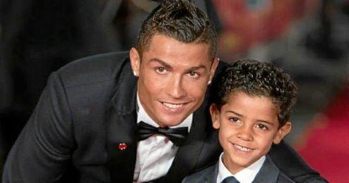 Figuras del mundo del deporte han querido acompañar al delantero portugués en el estreno, como sus exentrenadores Sir Alex Ferguson, José Mourinho o Carlo Ancelotti
