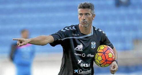 La jornada pasada, Pep Luis Martí inició su etapa como técnico en el Tenerife con una victoria por 2-0 ante el Alavés.