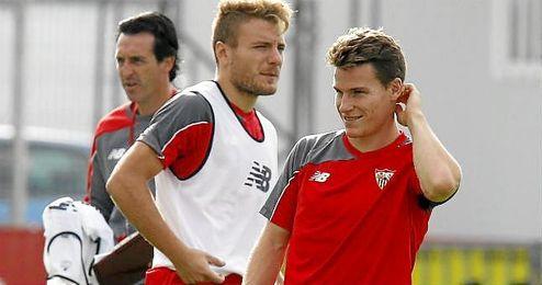 Immobile y Gameiro, juntos en un entrenamiento.
