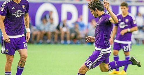 Kaka jugando para el Orlando City.