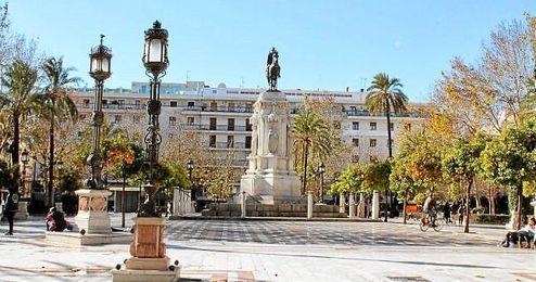 Desde Plaza Nueva partirá la manifestación convocada por el ´Movimiento Feminista de Sevilla´.