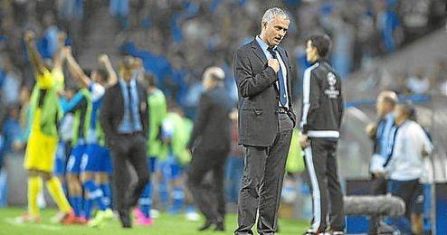 Mourinho se jugará el pase a octavos con el Oporto.