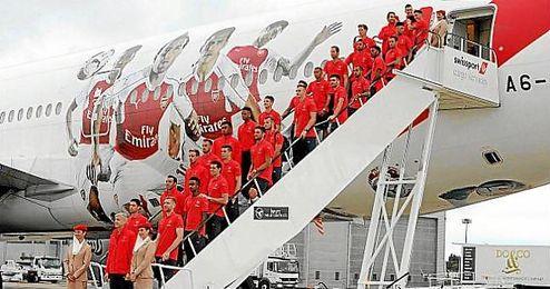 Imagen del avión oficial del Arsenal.