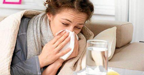 En los simples catarros la fiebre no est� presente, mientras que en la gripe se da en el 80% de los casos.