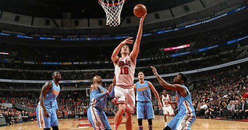 Gasol firmó una soberbia actuación con los Bulls.
