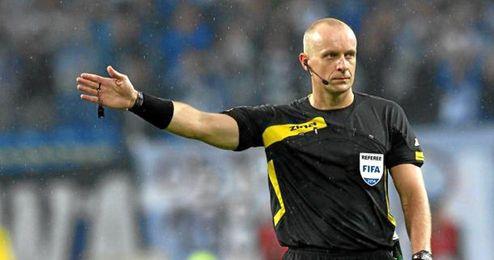 un ex futbolista de primera polaca para el