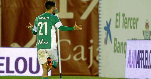 Álvaro Vadillo ha pasado de ser un descarte a ser uno más para Pepe Mel.