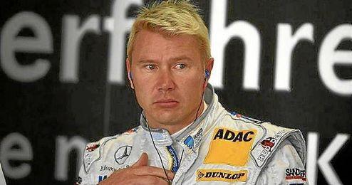 Hakkinen aconseja a Alonso desde la experiencia.