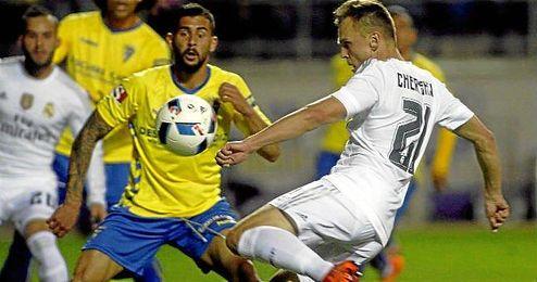 En la imagen, Cheryshev en el partido frente al Cádiz.