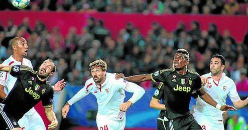 El meta sostuvo al equipo en los peores momentos y emergi� Llorente.