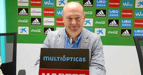 Pepe Mel solo piensa en Las Palmas, el pr�ximo rival en Liga.
