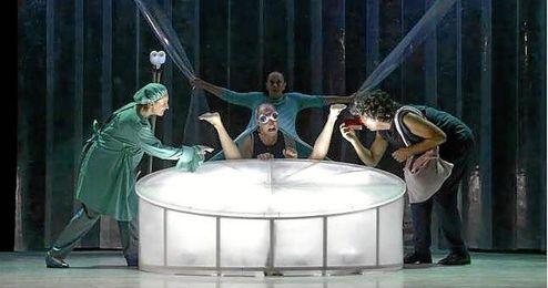 El texto y la dramaturgia del espectáculo, del que habrá una única función a las 20:30 horas, es de Ramon Fontserè y Martina Cabanas.